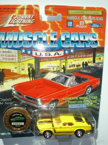 Johnny Lightning 1994 Muscle Cars USA Yellow 1970 Boss 302 Series 2