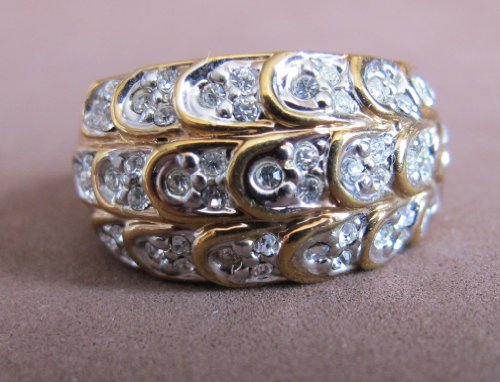 LADIES SIZE 7 Fashion RING Gold Plated BAND Wedding Style w Crystal Stones