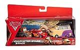 Mattel Disney Cars 2 - Juego de 3 coches en miniatura (luchador de Sumo, Mate y Rayo McQueen)