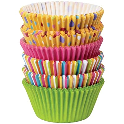 Wilton Assorted Rainbow Standard Baking Cup Mega Pack, 150 Count