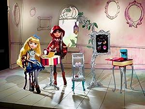 Ever After High Book End Hangout Beanstalk Bakery Café Playset