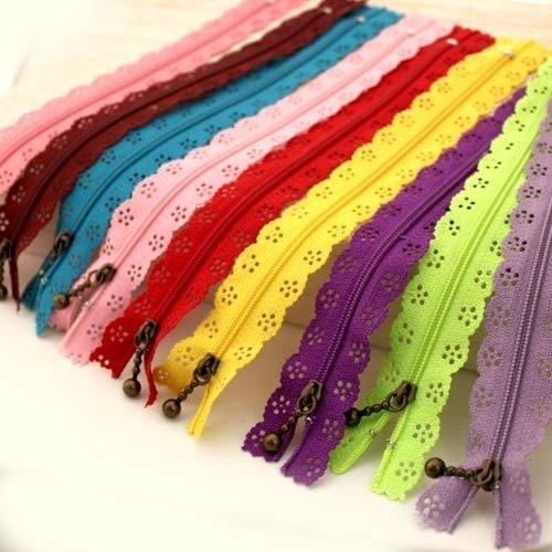 Cheap Famixyal Top Quality Novelty 25 Pcs 3# Length 24cm 9 inch DIY Nylon Coil Flower Zipper Lace Zi...