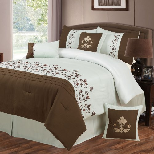 Lavish Home Hannah 7-Piece Embroidered Comforter Set, Queen front-911497