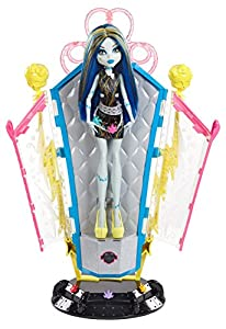 Monster High Freaky Fusion Recharge Chamber & Frankie