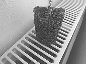 2 reinigungsb rsten gegen staub im heizk rper heizungsreinigung b rste heizk rperreinigung. Black Bedroom Furniture Sets. Home Design Ideas