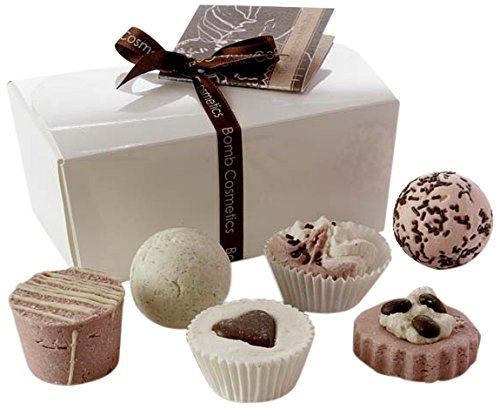 Bomb-Cosmetics-BALCHOC6-Coffret-Cadeau-Bain-en-Forme-de-Chocolat-Coeur-Rose