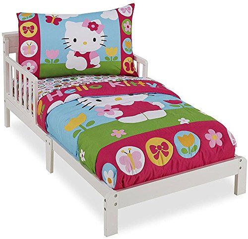Hello-Kitty-4-Piece-Toddler-Bedding-Set