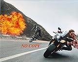 写真「ミッション:インポッシブル」バイクのトム・クルーズ
