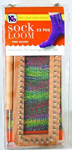 Free Crochet Pattern: Vintage Style Fingerless Gloves