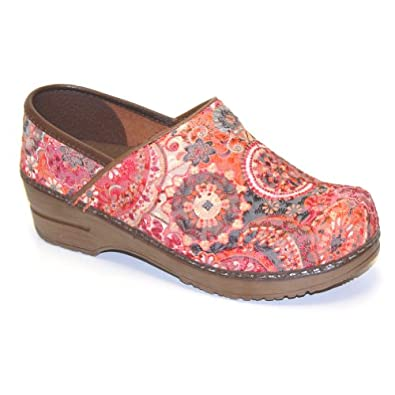 Women's Sanita Closed Clogs ORANGE 42 M EU, 11.5-12 M