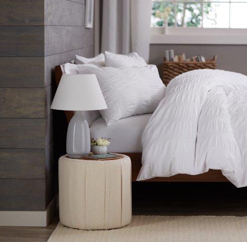 White Queen Bedroom Set 5203 front
