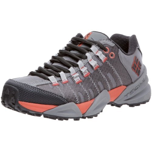Columbia Women's Master Of Faster Low Trail Shoe,Wild Dove/Hot Coral,8 M US