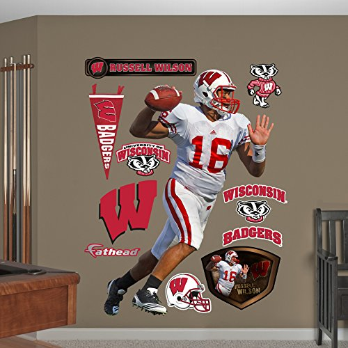 NCAA-Wisconsin-Badgers-Russell-Wilson-Wall-Graphic
