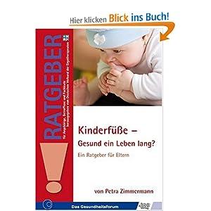 Buch-Cover, das ein Baby zeigt, das seinem Fuß im Mund hat