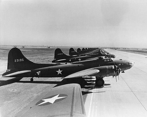 Boeing B-17 Flying Fortress Line-Up 8x10 Silver Halide Photo Print
