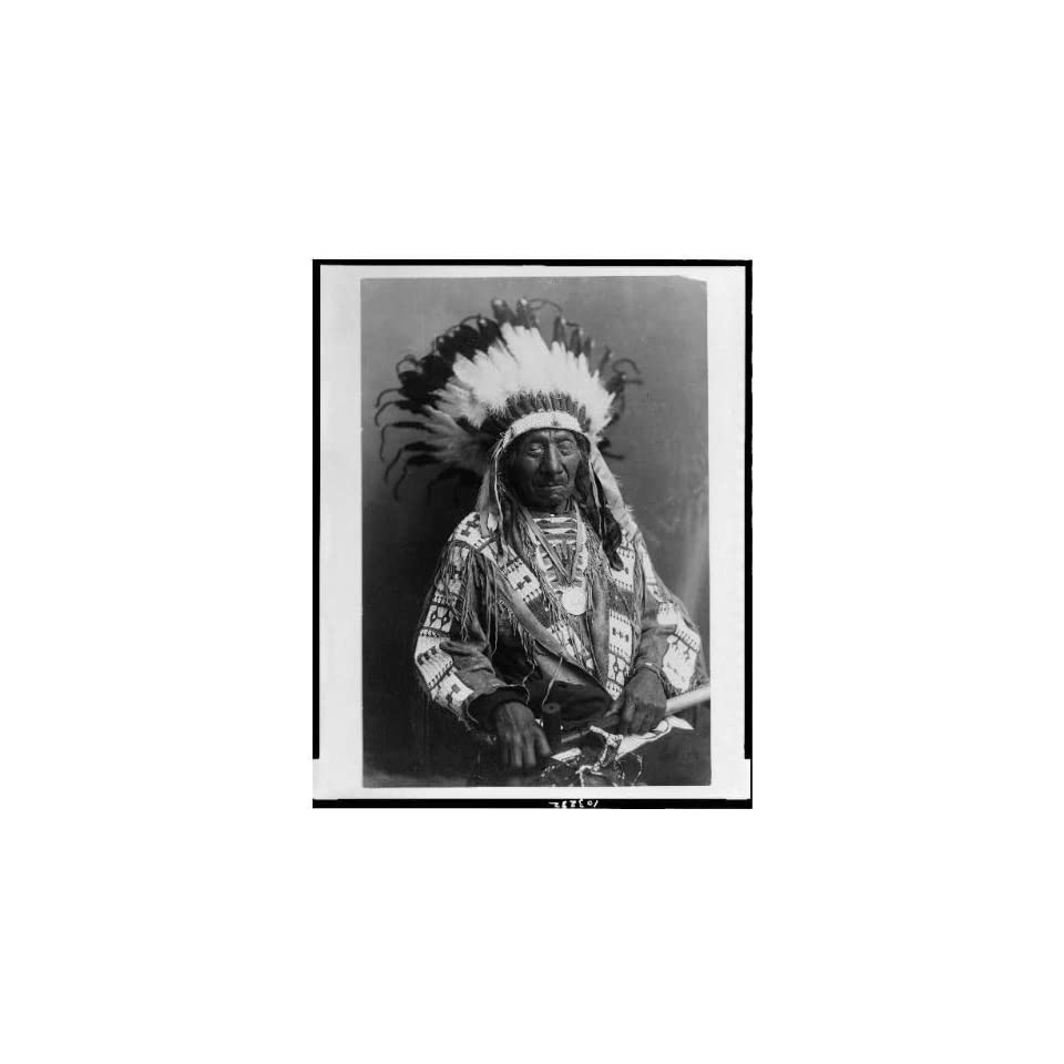 Photo Chief Red Cloud,holding peace pipe,feathers,Oglala Lakota Sioux,War,leader,c1915