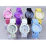 Liroyal Fashion Silicone Golden Crystal Stone Quartz Ladies Jelly Wrist Watch