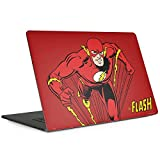 Skinit DC Comics Flash MacBook Pro 13-inch with Touch Bar (2016-18) Skin - Flash Portrait Design - Ultra Thin, Lightweight Vinyl Decal Protection (Color: Red, Tamaño: Large)