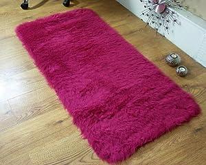 Fuschia hot pink faux fur oblong rectangle sheepskin rug 70 x 140 cm