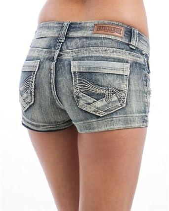 MOD Plus Women's Plus Size Denim Embroidered Pocket Shorts Denim Acid 16(FC0300SHMD)