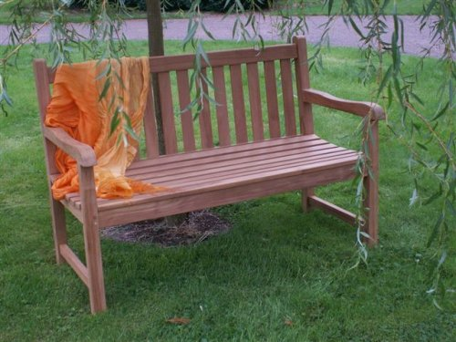 HUMBER TEAK 1.3 METRE LADY EMILY CLASSIC BENCH. MADE FROM GRADE A TEAK