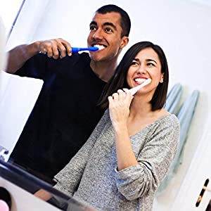 FOREO Issa 2 Rechargeable Electric Regular Toothbrush With Silicone and Pbt Polymer Bristles, Cobalt Blue (Color: Cobalt Blue, Tamaño: Regular)