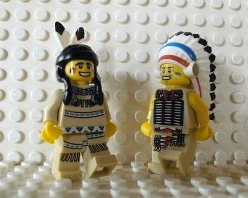 LEGO Indianer: Häuptling & Squaw mit Federschmuck