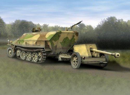 Sd.Kfz.251:1 Ausf.D & 7.5cm PaK 40 Tank 1:72 Plastic Model Kit 7369