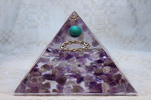 orgonite-orgone-pyramid-energy-generator-healing-crystal-gemstone-pyramid-malachite-amethyst-large-p