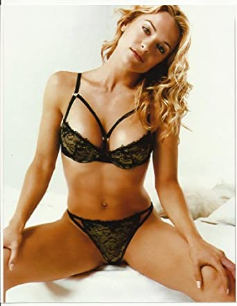 Victoria Pratt 8x10 Photo in black bra & panties at Amazon's