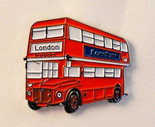 insignia-con-forma-de-autobus-de-londres-metal-esmalte-routemaster