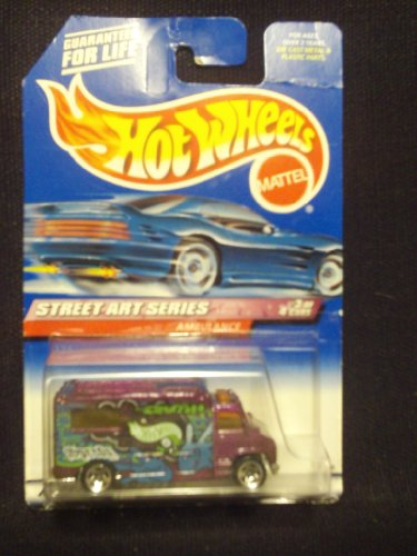 Hot Wheels Street Art Series 3/4 Ambulance 5sp - 1