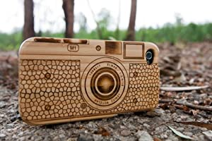 M7 Camera | Natural Bamboo Case for iPhone 4/4S (Camera Pattern) + Screen Protector
