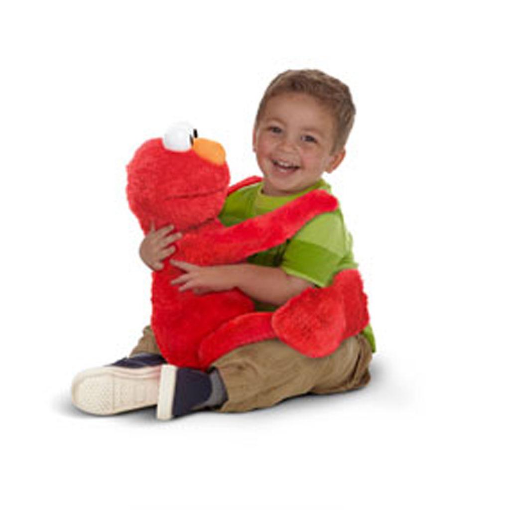 Sesame Street Toys For Toddlers : Amazon playskool sesame street big hugs elmo plush