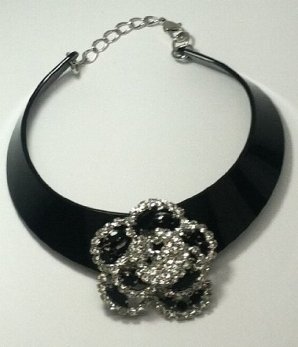 Black Colored Flower Chocker Necklace