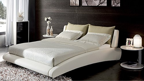 Cadillac King White Leather Platform Bed by Zuri Furniture (Italian Bed Furniture compare prices)