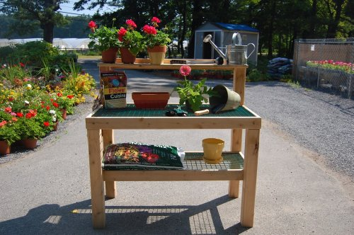 Garden Work Bench Able Table By Maine Garden Products