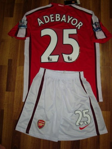 08-09 ARSENAL HOME JERSEY ADEBAYOR + FREE SHORT (SIZE XL)