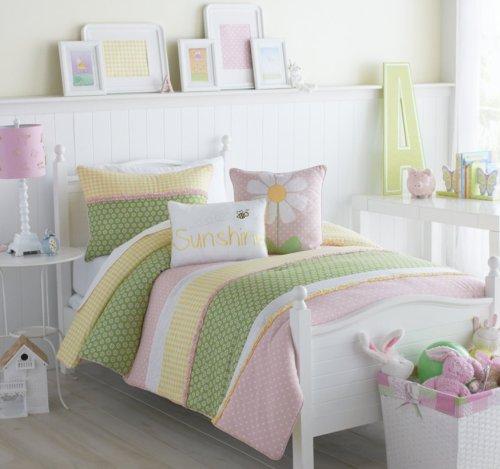 Victoria Classics Bedding front-1027051