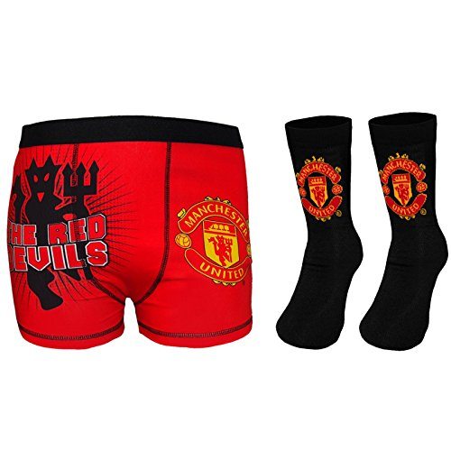 manchester-united-fc-official-gift-set-boys-socks-boxer-shorts-red-9-10-years