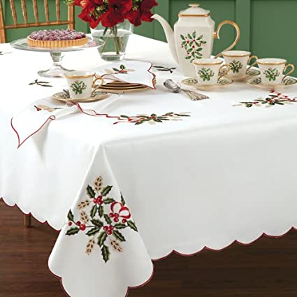 Christmas Holiday Table Linens