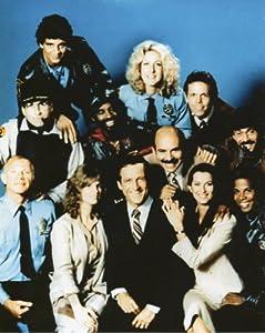 Hill Street Blues Cast Photo (20.32 x 25.40 cm)