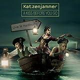 A Kiss Before You Go-Live in Hamburg