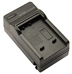 STK's Kodak KLIC-7004 Battery Charger - for Kodak Zi8, Kodak PLAYSPORT, Kodak EASYSHARE V1253, Kodak PLAYTOUCH, Kodak EASYSHARE M1093 IS, M1033, V1073, V1233, Kodak PLAYSPORT Zx3 Video Camera, Kodak EASYSHARE M1093IS, V1273, M2008 from STK/SterlingTek