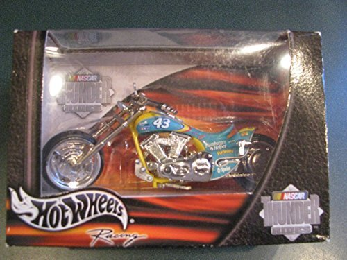 2002-43-petty-motorsports-cheerios-hamburger-helper-thunder-ride-1-18th-scale-hot-wheels-motorcycle-