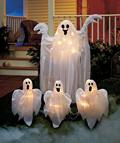 Set Of 4 Ghost Stakes 4ft Tall & 3 Small Connected Kid