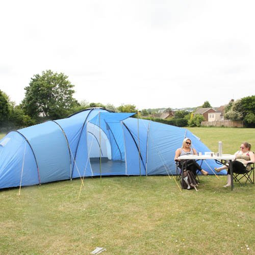 Everest 12 Man Tent - 3 x Large Bedrooms and Living Room Area - Berth/Person/Family/Camping - Fully Integrated Sewn In Raised Groundsheet - 2012 Updated Model