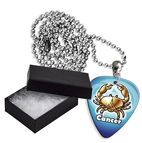 Cancer Zodiac Star Sign Boxed Metal Chitarra Pick Necklace Collana (GD)