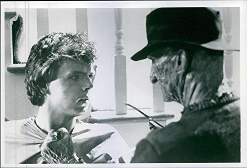 vintage-photo-of-mark-patton-and-robert-englund-in-scene-from-a-nightmare-on-elm-street-2-freddys-re