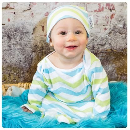Woombie Indian Cotton Gowns Plus Hat, Aqua/Lime Chevron, 24-30 Pounds